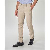 Ashki.i pantalone chino beige in misto lyocell cotone e lino con una pinces