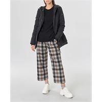 Peuterey giacca nera linea slim in nylon stretch con imbottitura leggera e cappuccio fissoo